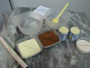 ingredientes rocambole prestigio rapidinho 300x225 Rocambole Prestígio Rapidinho
