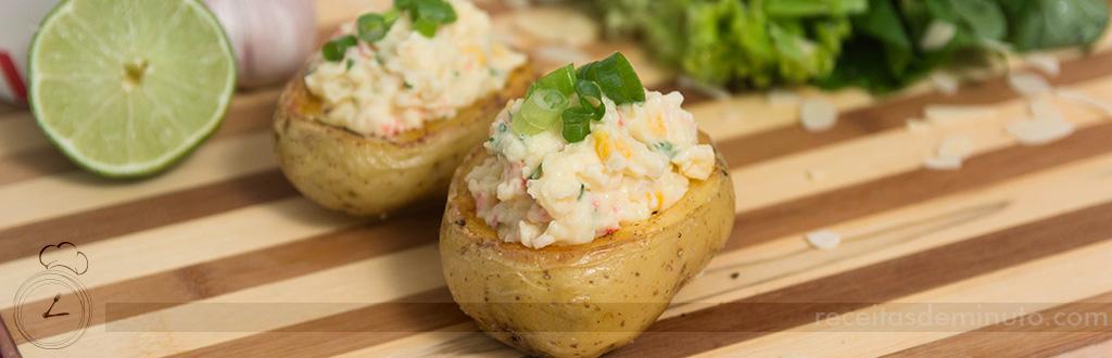 Barca de Batata Recheada com Salada de Kani