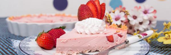 Torta de Morango com Coco