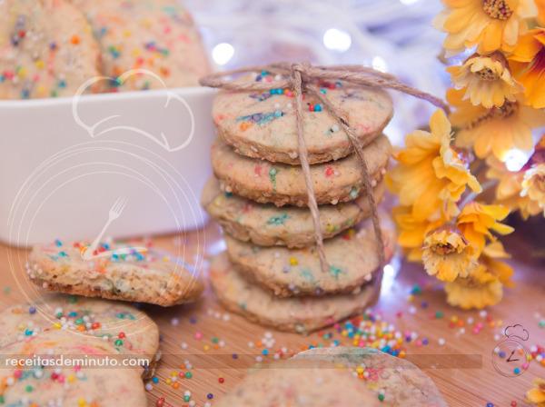 Biscoitinhos Coloridos de Nozes