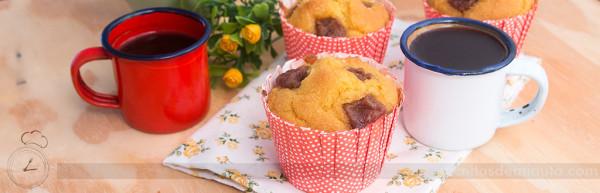muffin_de_fuba_com_goiabada