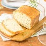Pão de Forma Sem Sova de Queijo e Ervas