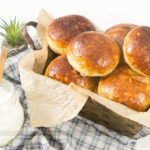 Pão de Batata Doce Rechado de Frango com Requeijão