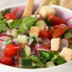 Salada de Ervas Frescas e Pimenta Biquinho